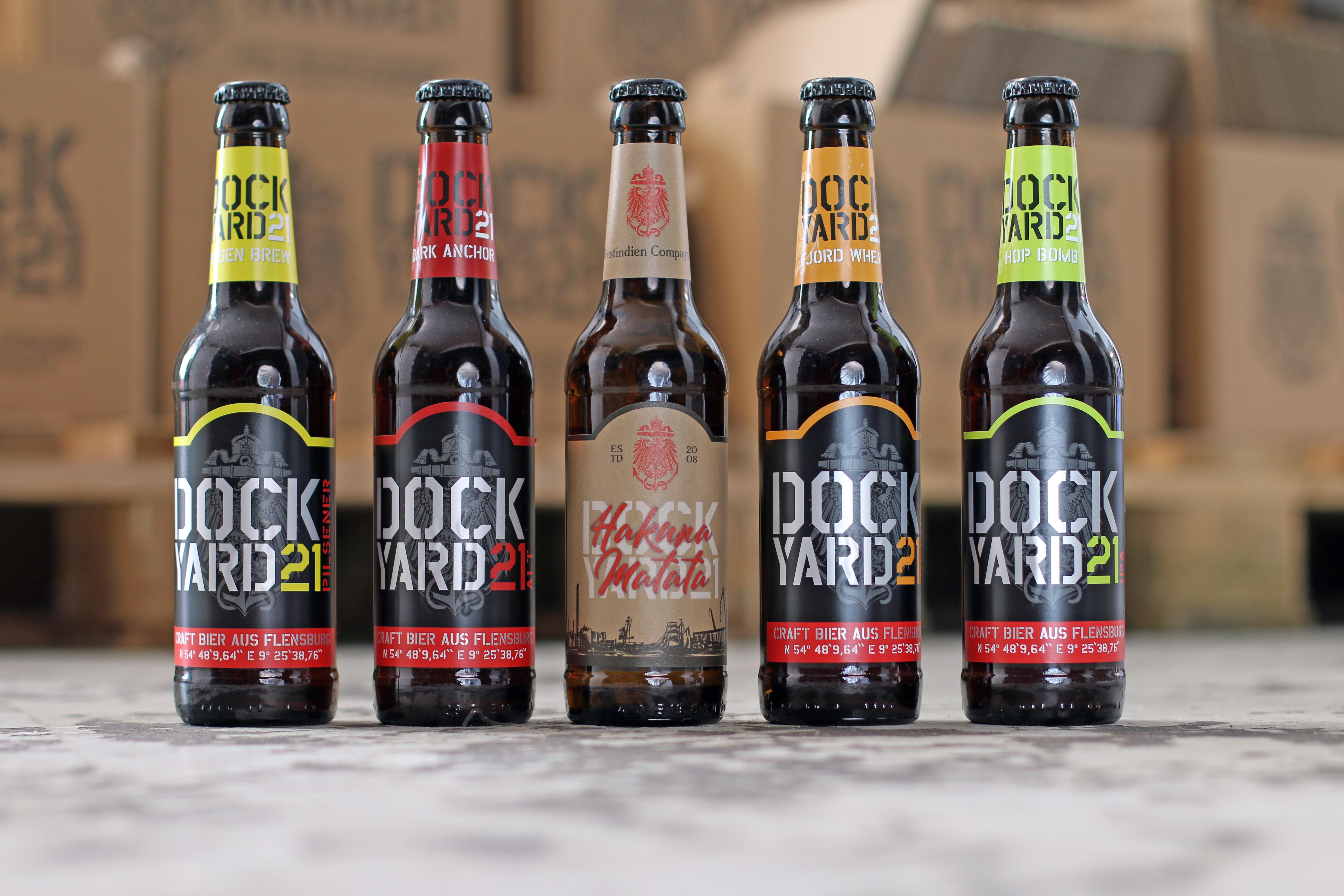 """""""ProBier""""-Paket mit 10 Flaschen Bier und 2 Gläsern"""