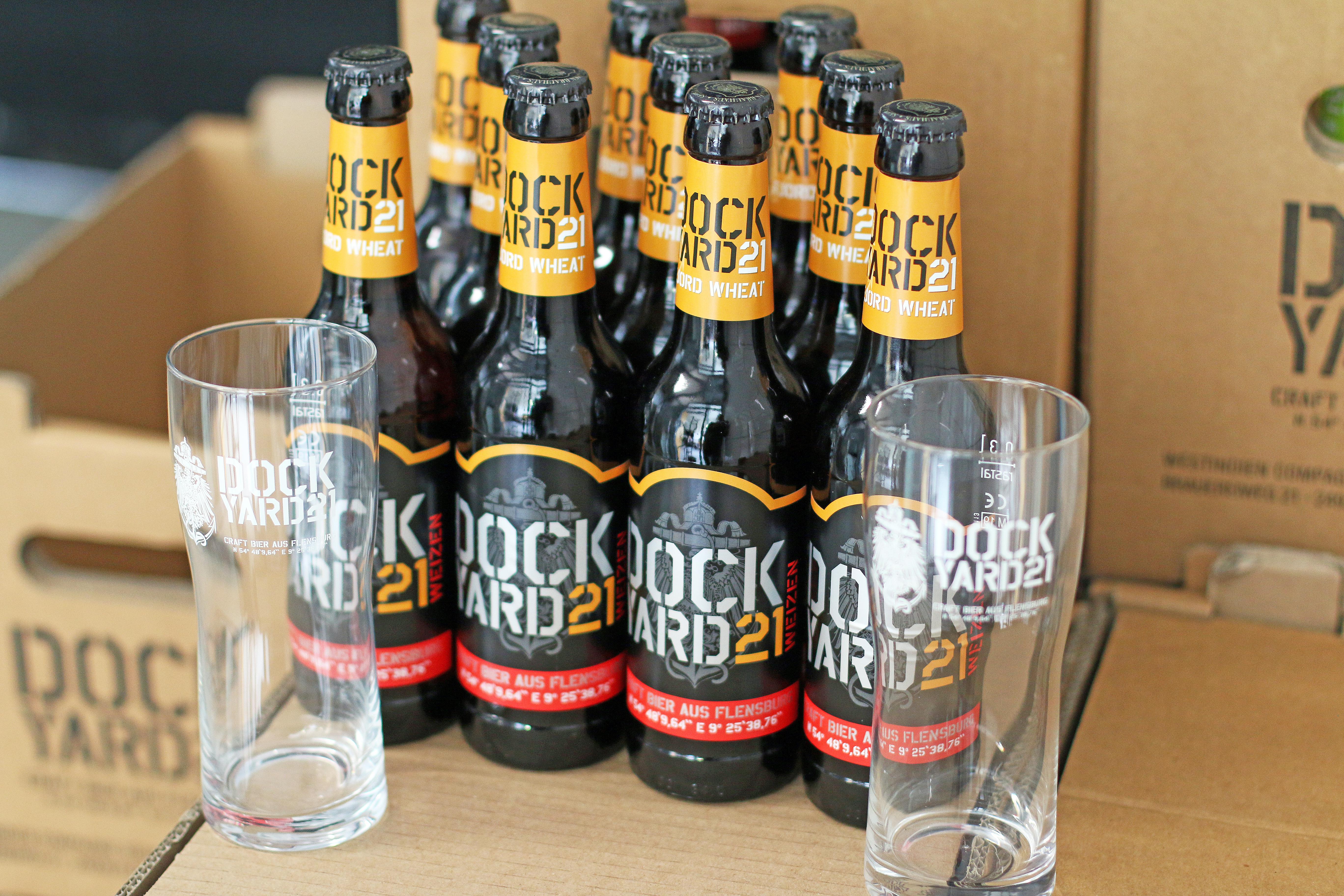 """""""Baltic Brew""""-Paket mit 10 Flaschen Bier und 2 Gläsern"""